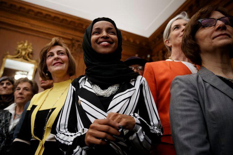 ABD' de ve Avrupa'da Müslüman Kadın Olmak!