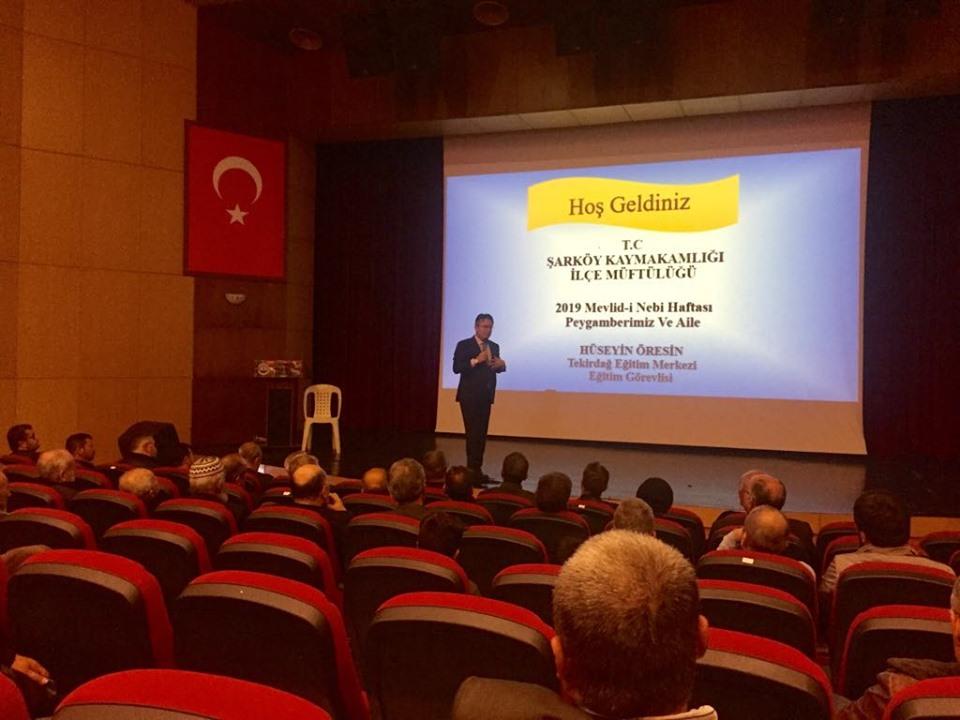 """Şarköy'de """"Peygamberimiz ve Aile"""" konulu konferans düzenlendi"""