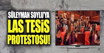Süleyman Soylu'ya Las Tesis protestosu!